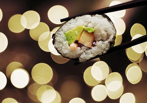 #sushi #japanese #food: Bokeh Photography, Japanese Food, Favorite Things, Diet, Smoke Salmon, Chicago, Louis Vuitton Bags, Mouths, Sushi Rolls