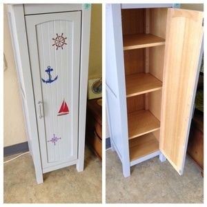 Child nautical theme closet in webster tx sells for 125 for Bedroom furniture 77598