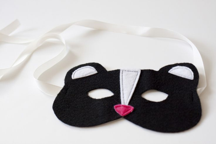 Woodland Animal Felt Masks DIY and Free Templates  at Sewbon.com
