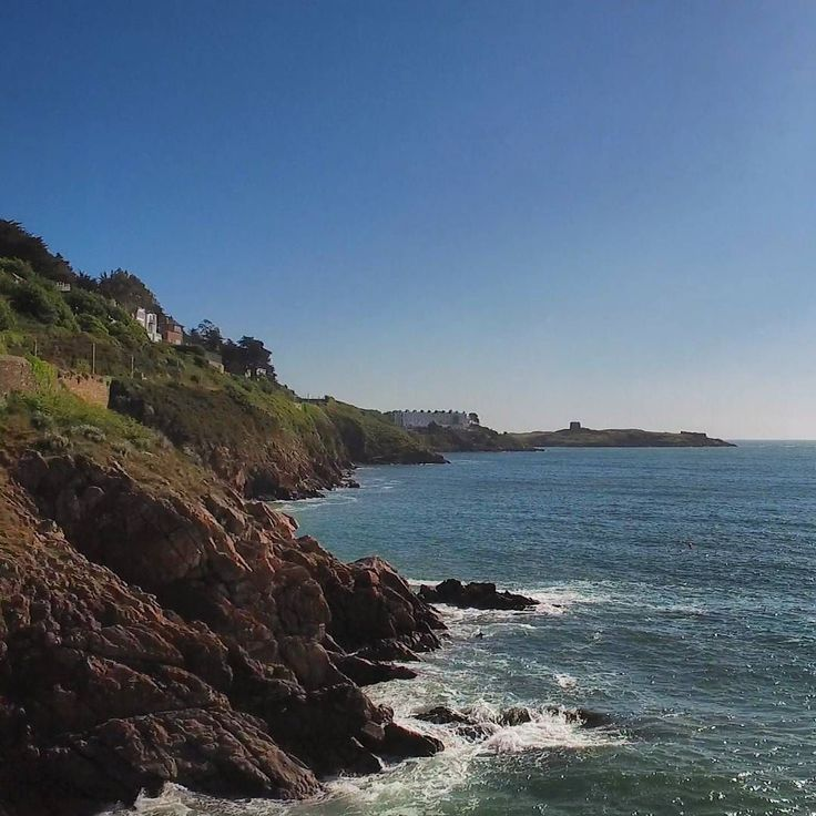 Blue skies over Dalkey Island #sea #cliffs #dublin #nature