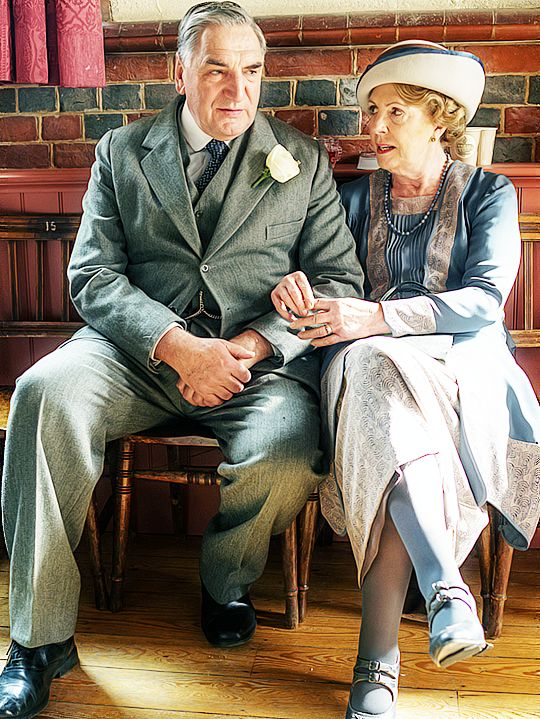 "happymathilda: "" ""Jim Carter and Penelope Wilton behind the scenes | Downton Abbey 6x03 "" """