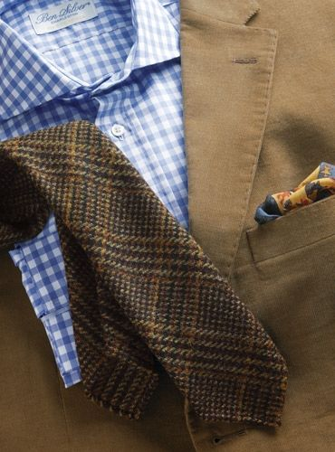 Great wool tie for winter feat. a unique glen plaid pattern.