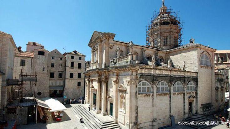 Klasztor Franciszkanów w Dubrovniku Więcej informacji o Chorwacji pod adresem http://www.chorwacja24.info/zdjecie/klasztor-franciszkanow-w-dubrovniku