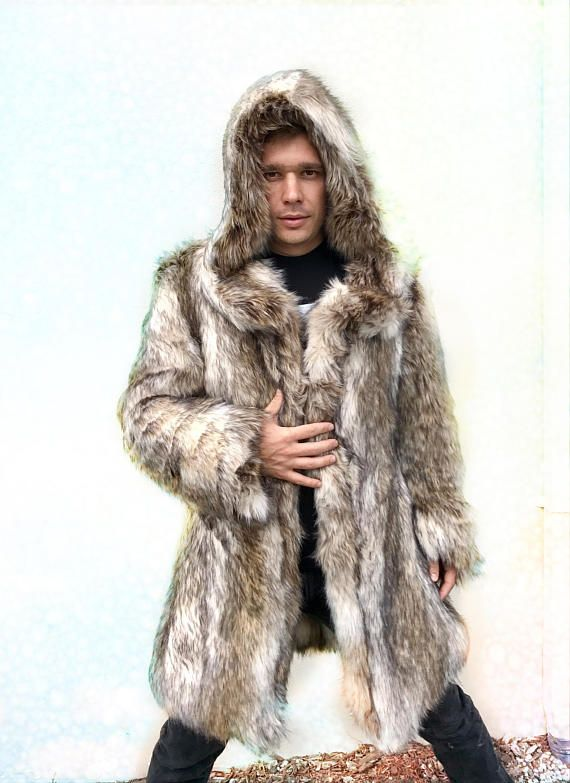 8c2ed69dc94 LEO Fitted Fur Coat