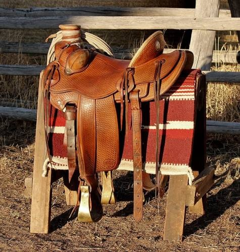 15 1/2 inch Wade Saddle... ME WANT!!!