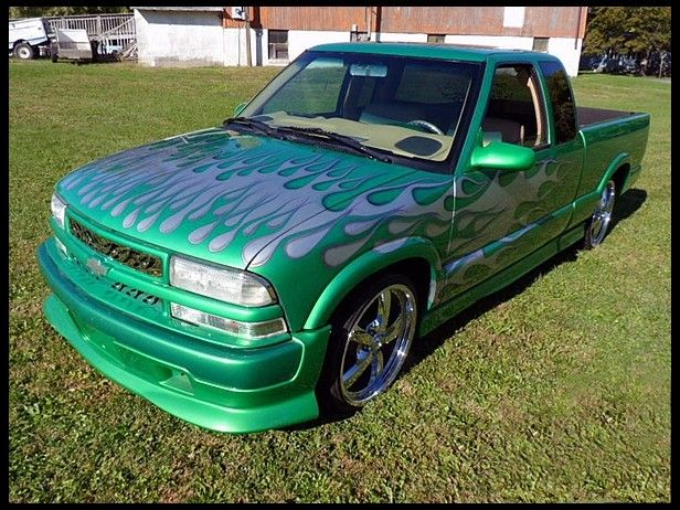 2002 Chevrolet S10 Pickup for sale by Mecum Auction