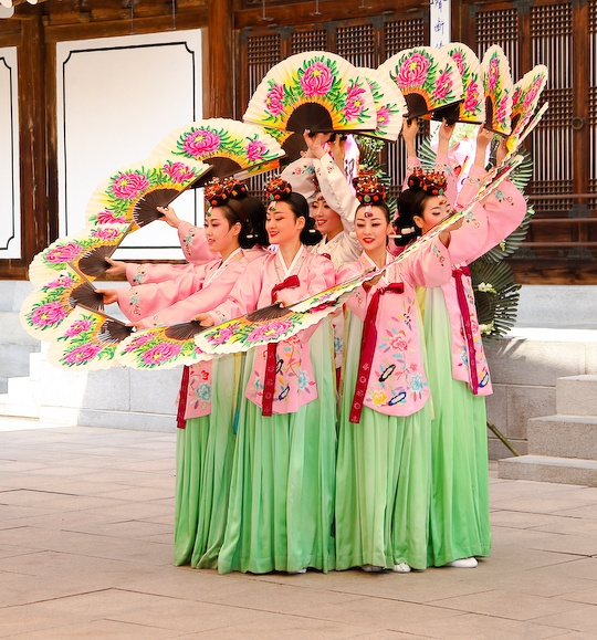 Traditional Korean dance; the very first style of dance i ever learned