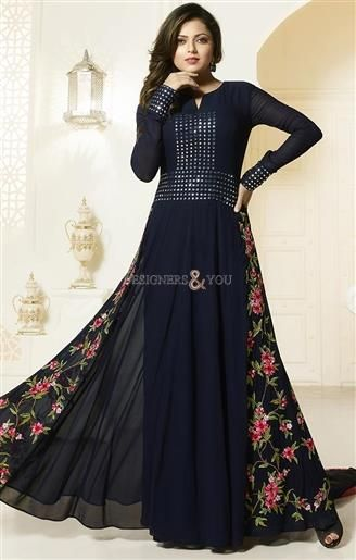 Stylish Looking Bollywood Boutique Designer Suits For Teen Girls Look   #Indian  #Trendy #inspiring #Look #Fancy #Beautiful #Attractive #Modern #Designer #Modern #Collection #Happy #Fashion  #Style #Inspiring #Gorgeous #vogue