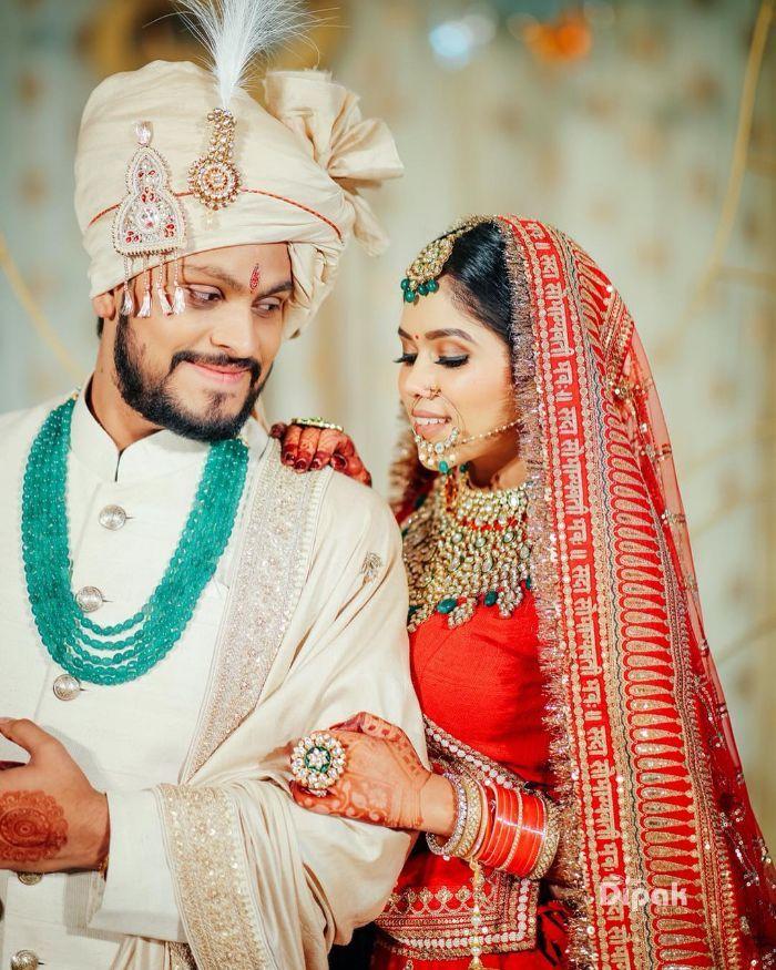 Brides Who Wore Deepika Padukone S Sabyasachi Lehenga Sabyasachi Lehenga Bridal Sabyasachi Bridal Sabyasachi Bridal Red