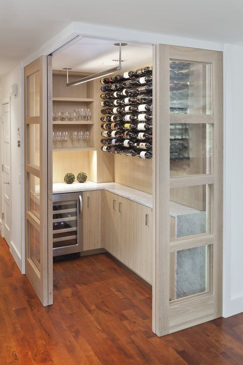 Bar and wine pantry