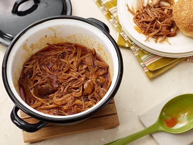 The Pioneer Woman's Pulled Pork for a Crowd #RecipeOfTheDayRee Drummond, Food Network, Pulled Pork Recipe, Brown Sugar, Maine Dishes, Spicy Pop, Pop Pulled, Pioneer Women, Pioneer Woman Recipe