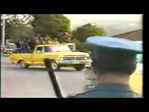 South Africa State of Emergency 1980_s.flv >> What a bizarre video...