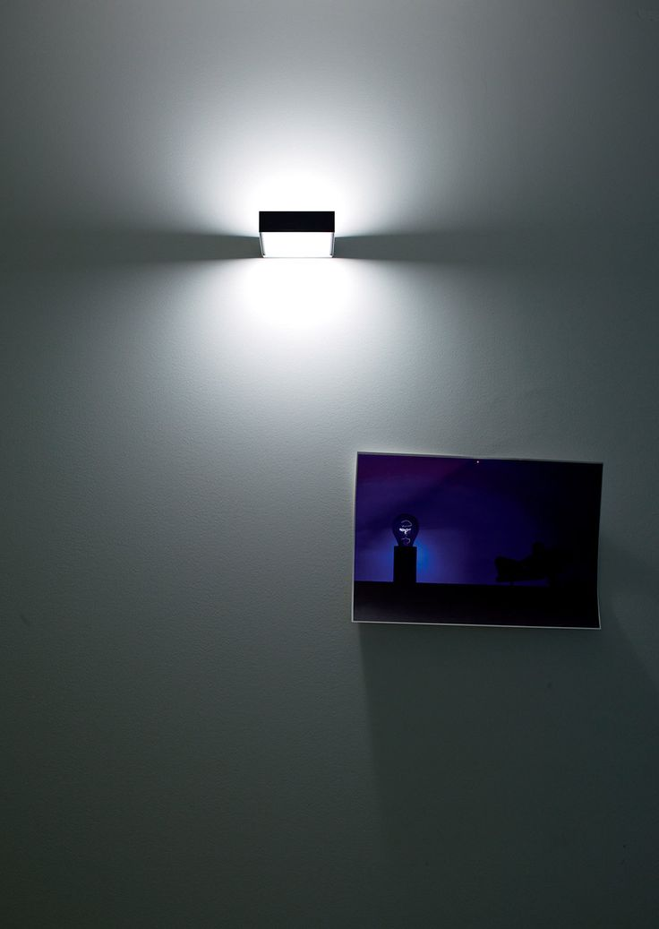 TOAST Lampada da parete alogena / LED Wall halogen