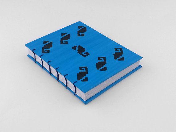 Cuaderno azul pequeño, libreta hecha a mano, cuaderno con hojas blancas, libreta de pasta dura, material reciclado, diario