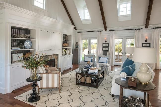 Have you guys seen the HGTV dream home on Marthas Vineyard yet? Let me tell you, its good. ...