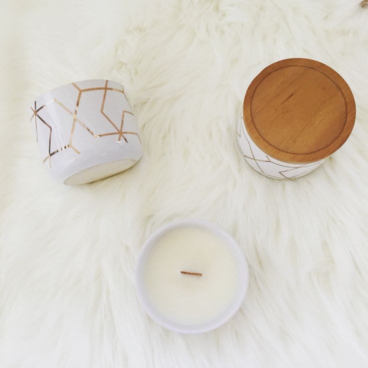 White & Gold soy candle