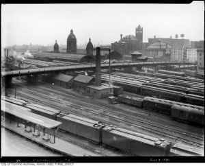 #Toronto Union Station in 1926 (From the Toronto Archives)