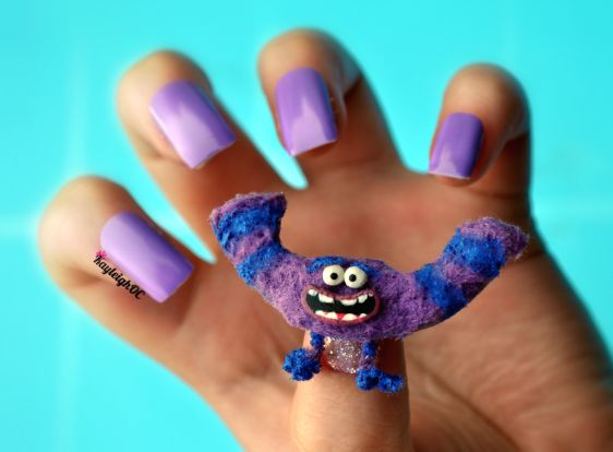 Astoundingly Elaborate Nail Art Inspired by Movies, TV Shows, Pop Culture - DesignTAXI.com