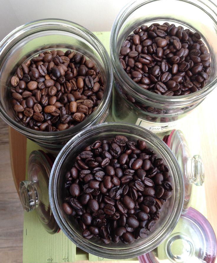 Our #Highland roasted #coffeebeans (or ground to your requirement) available in 250g or 125g. We have a range of strengths and roasts including our highly praised #organic #decaffeinated and Dava Blend.  We always have at least two guest coffees as our '#coffee of the month'