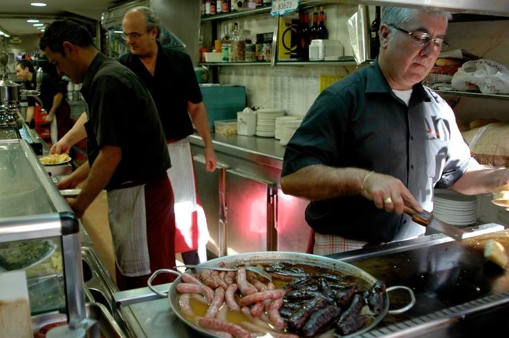 """El bocata de """"Blanc i negre"""" un clásico en los almuerzos valencianos. Casa Mundo"""
