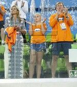epa05500756 (L-R) Queen Maxima, Princess Amalia and King Willem-Alexander of the Netherlands applaud during the medal ceremony in the Rio 2016 Olympic Games Women's Field Hockey at the Olympic Hockey Centre in Rio de Janeiro, Brazil, 19 August 2016. EPA/JEON HEON-KYON
