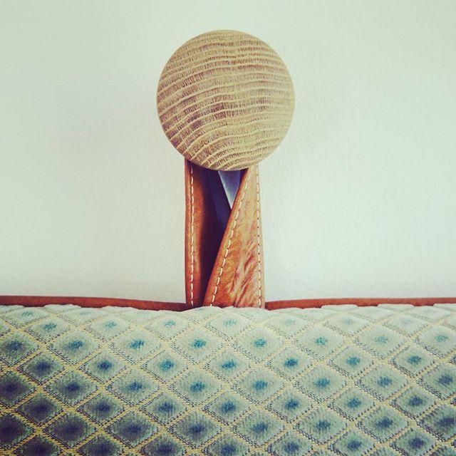 Our cool headboard hangers #them #bythornam #headboard #oak #handmade #danishdesign #slowliving