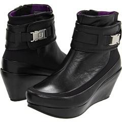 yes I like these...LOL! Tsubo Bacab Black/Byzantium - 6pm.com: Color, Bacab Blackbyzantium