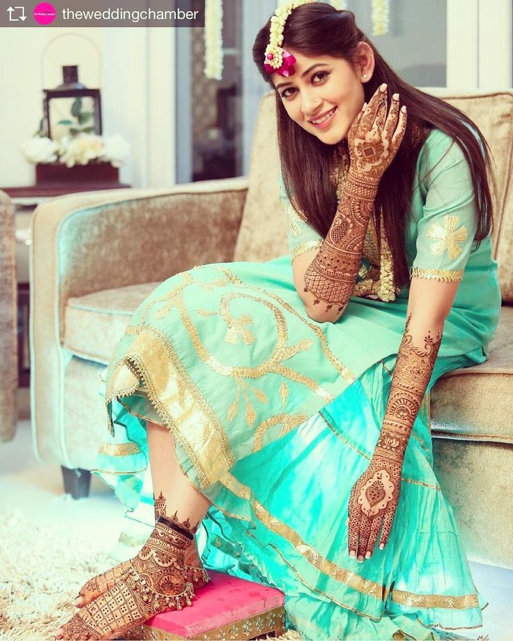 Repost from @theweddingchamber @TopRankRepost #TopRankRepost This bride is the definition of ethereal!  Picture courtesy: @the_allied , New Delhi #beautiful #bride #indianbride #mehendi #bridallook #bridalwear #lehenga #desibride #instabride #instalove #instapic #instawedding #floralJewellery #mehendi #indianweddings #desiwedding #shaadi #bridalmakeup #hairgoals #henna #hennahands #realweadding #asianbride #weddingphotography #weddingphotographer #theweddingchamber…