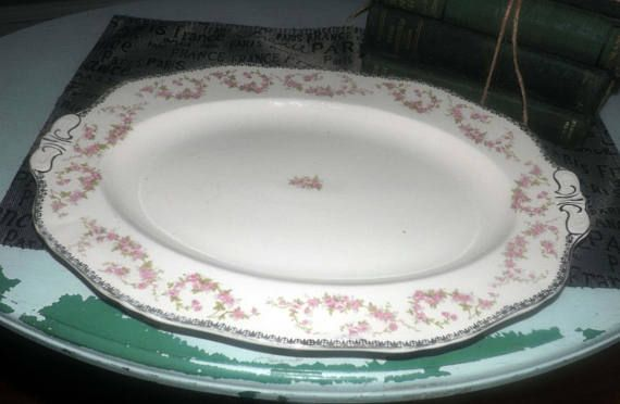 Quite vintage c.1930s Alfred Meakin Harmony Rose oval