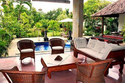 3 Bedrooms Villa Di Uma II Seminyak - Holiday Booking Private Villas Hotels Apartment Rentals Vacation Tours in Bali - Holiday Booking Private Villas Hotels Apartments Rentals & Vacation Tours in Bali