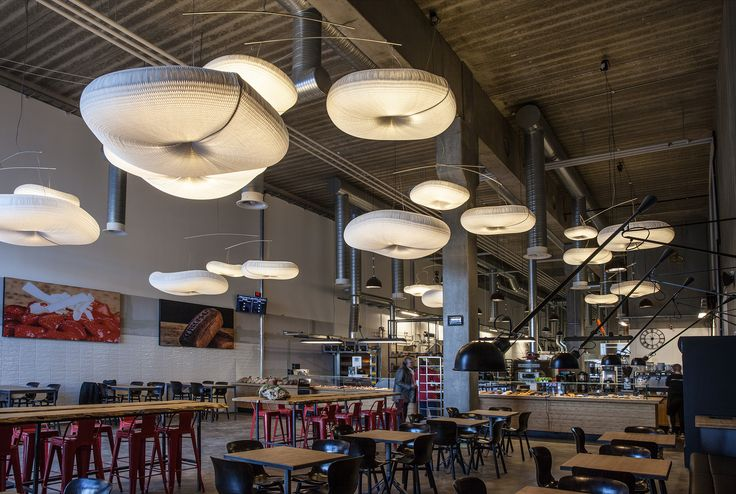 Farumhus in Herlev. Interior design, indretning, decor, bakery, bageri, cafe. cloud lamps from @molostudio