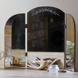 (99+) Fab.com | Northwest Vintage FindsTrifold, Finding, Master Bedrooms, Master Bath, Cornabi Master, Vanities Mirrors I, Future Vanities, Try Folding Vanities, Mirrors Mirrors