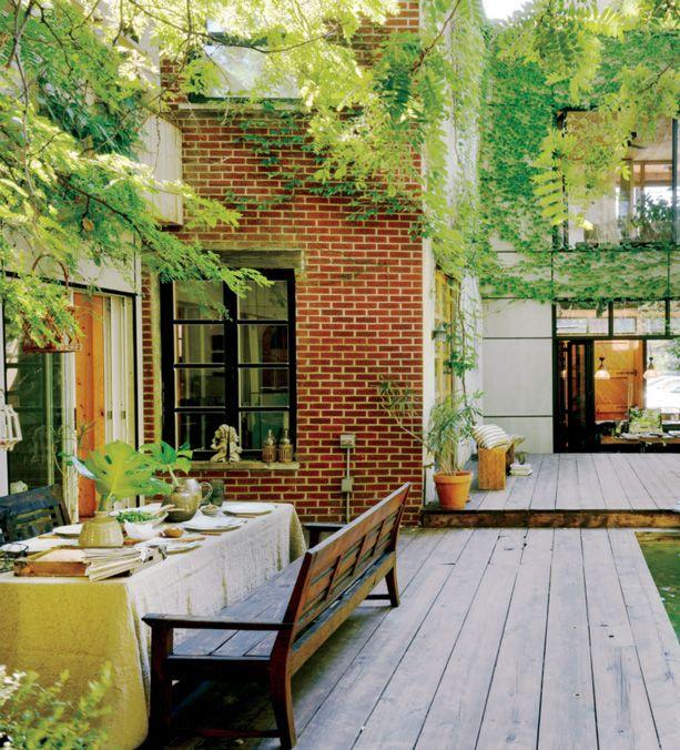 Le jardin secret de mario lafrenais de moine urbain page for Jardin urbain cormontreuil