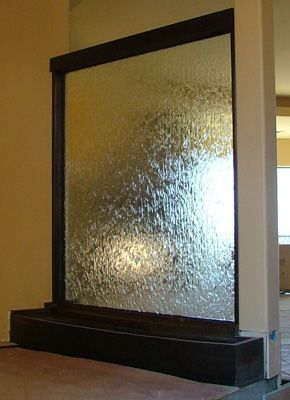 Double sided waterwall - amazing for separating rooms without closing them off/blocking light :)!!!!