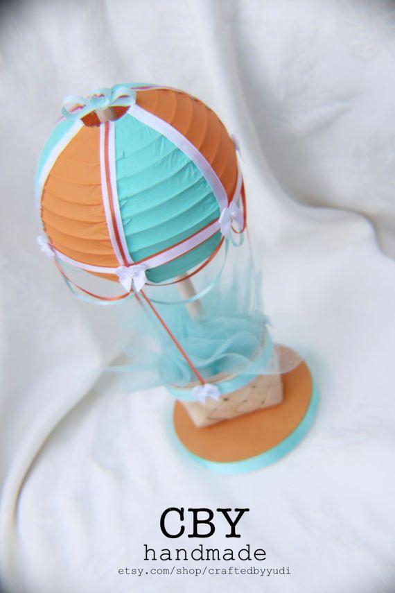 Centro de mesa naranja verde azulado y blanco globo de aire