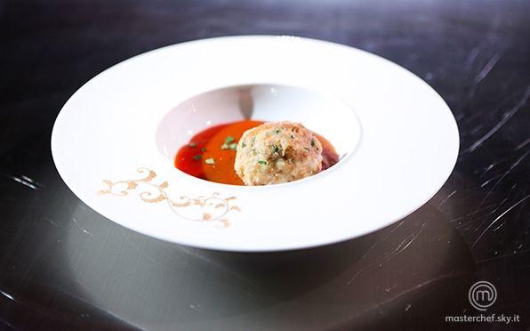 Scopri la ricetta 'Gnocco di pane al polpo con salsa di busara' di MasterChef , il talent show culinario più famoso al mondo in onda su Sky Uno.