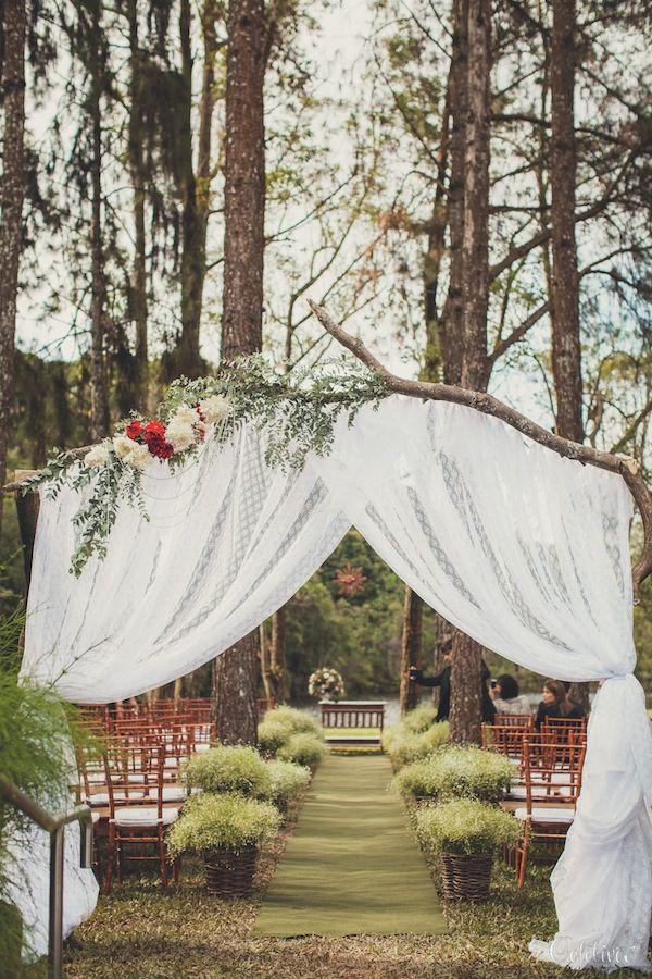 Vestida de Noiva   Fernanda Floret   Blog de casamentos cheios de amor de todo o Brasil http://vestidadenoiva.com/casamento-nara-alexandre/