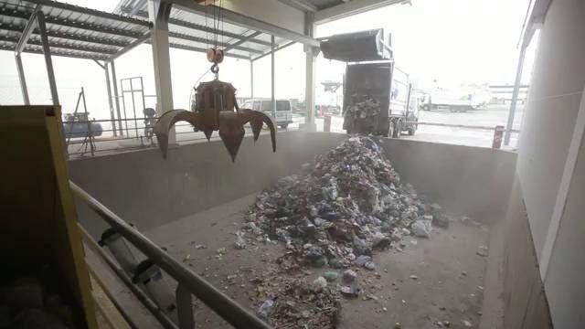 La ciudad que cuece la basura Rivas Vaciamadrid trata de exportar una tecnología que reduce en un 70% los residuos Los ecologistas, contra...