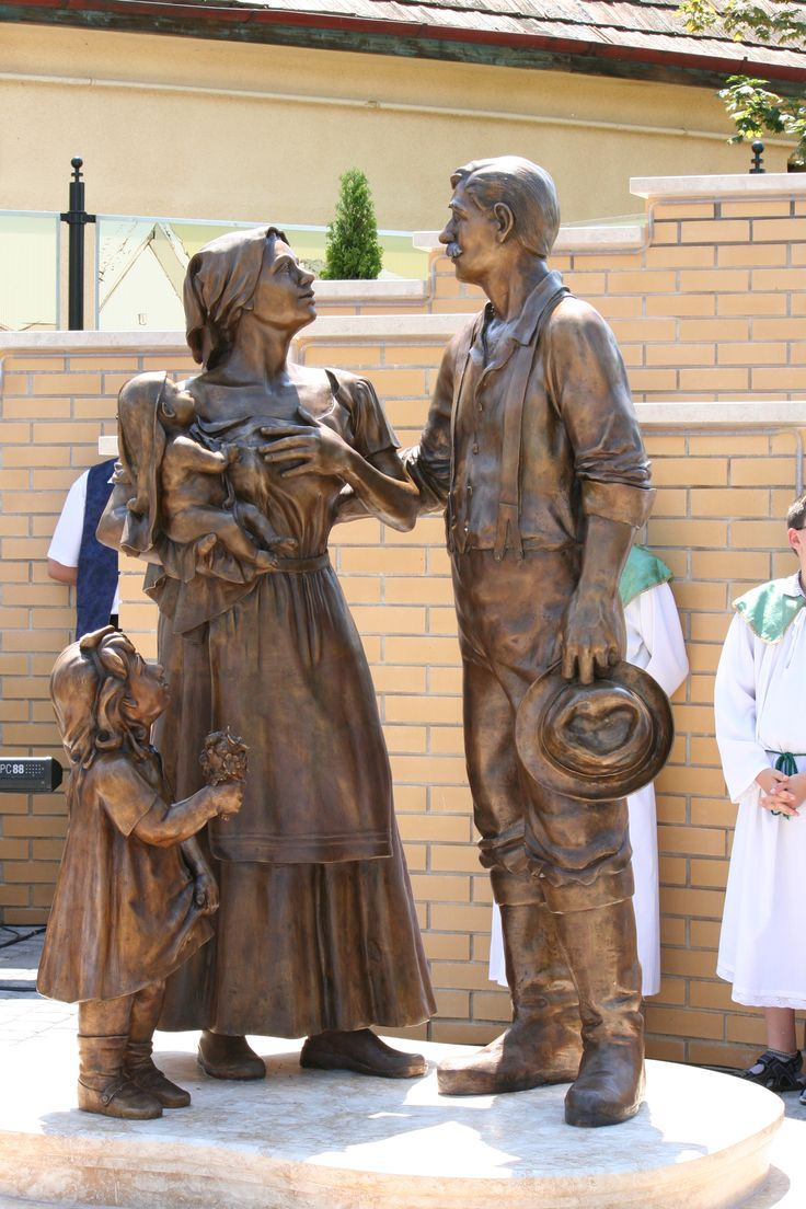 Rizmajer Róbert szobrászművész alkotása: Betelepítési emlékmű, Újhartyán