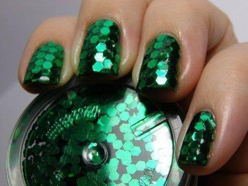 Emerald Nail Polish - oh, my! LOVE!!