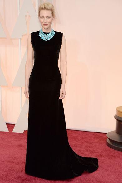 Cate Blanchett|ケイト・ブランシェット  ケイト・ブランシェットが着こなすブラックドレスは、ジョン・ガリアーノが彼女のために手がけたもの。  ドレス:メゾン マルタン マルジェラ オートクチュール ネックレス:ティファニーPhoto credit: Getty Images