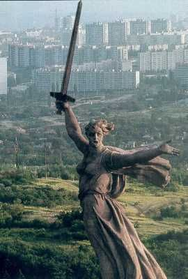 10 Facts about the Battle of Stalingrad August 23, 1942 - February 2, 1943 (both interesting and slightly obscure facts)