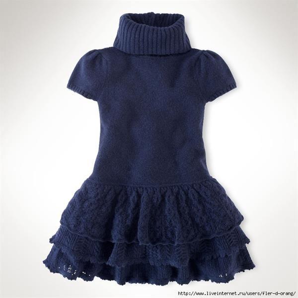 Вязать платье для малышки спицами