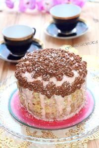 Фото к рецепту: Торт «Белая ночь», без муки