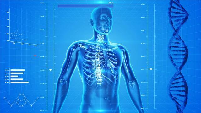 Можно ли заниматься фитнесом, если болит спина? Как дыхание влияет на осанку? Можно ли исправить искривление позвоночника?