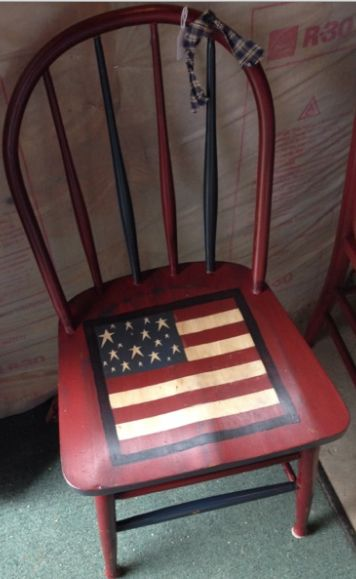 This salute-worthy seat was created w/our Barn Red over Lamp Black, plus Olde Ivory & Olde Navy paints. Thanks for the photo, Wren in the Willow! Olde Century Paints