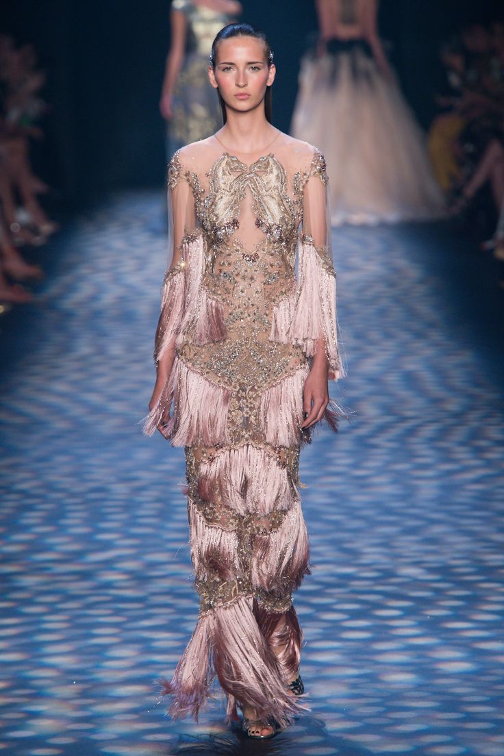 Amazing flapper girl vibes. // Marchesa Spring 2017 Ready-to-Wear Fashion Show - Waleska Gorczevski