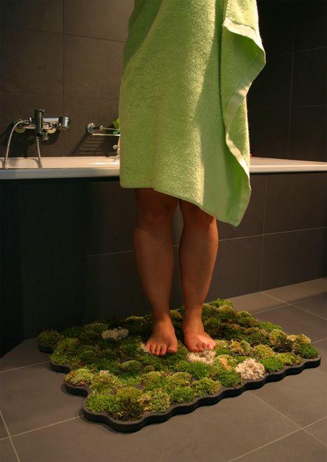 Un tapis de bain écolo !  En latex recyclé et véritable mousse des bois.