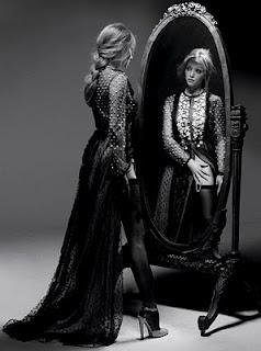 Like the East European style clothing, very stylish shot: Mirror Mirror, Amandaseyfr The, Dresses, Magazines, Mirrormirror, Fashion Photography, Hair, Amanda Seyfried, Photo Shooting