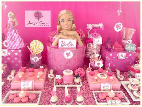 Decoración de Barbie para fiesta tematica cumpleaños http://tutusparafiestas.com/decoracion-barbie-cumpleanos/ barbie partie ideas barbie partie decor #decoraciontematica #decoracioncumpleaños